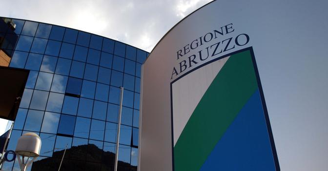 Porto turistico di Pescara, entro dicembre rimozione dei